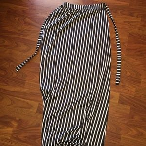 Dresses & Skirts - Black and White Stripe Maxi Skirt Size Medium